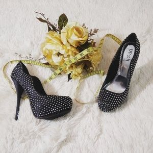 Posh stiletto studded heels 8.5